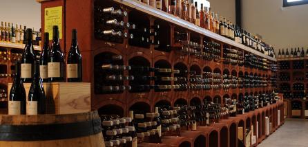 Licence Professionnelle Commercialisation de produits et services. Parcours commercialisation, Gestion et Marketing du secteur vitivinicole
